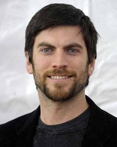 Attractive & Nice Wes Bentley HairStyles