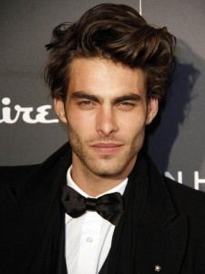 Dashing & Stylish Jon Kortajarena Hairstyles