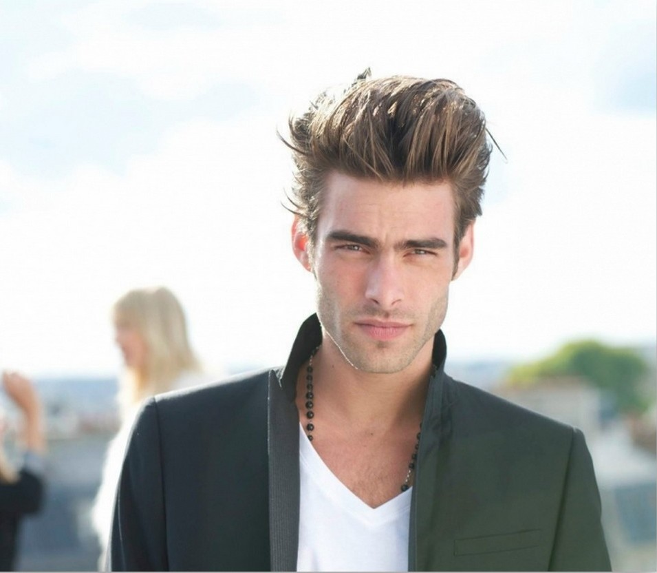 Hairstyle of Jon Kortajarena for mens
