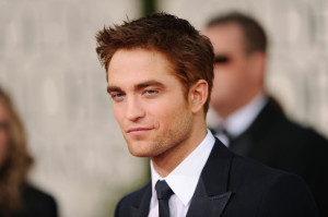 Men's Hairstyle Robert Pattinson's Messy Haircut New Photos