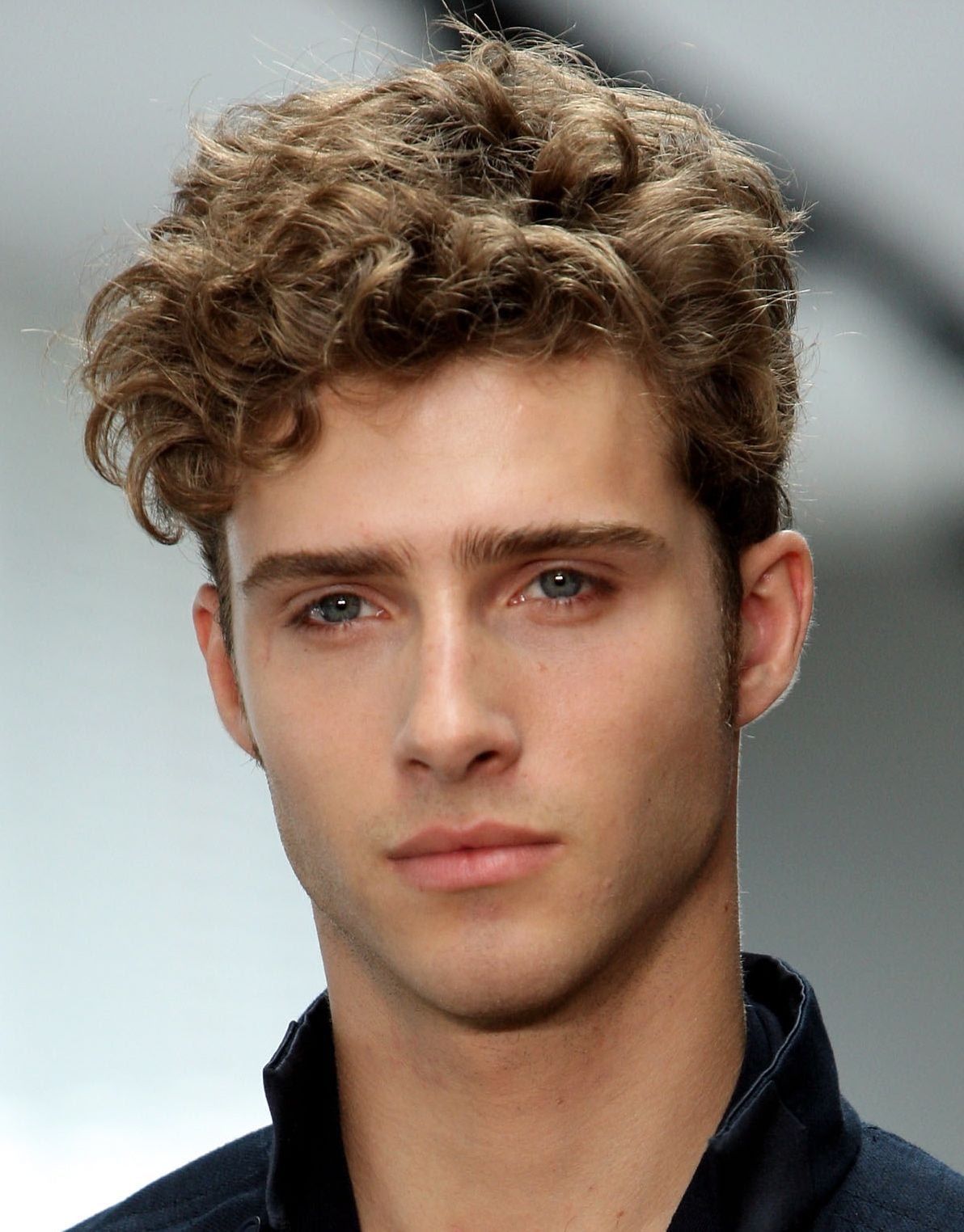 Men's Curly Hairstyles for Thick Hair