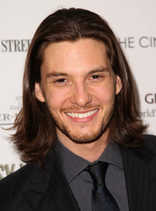 Mens long hairstyle Latest Pics